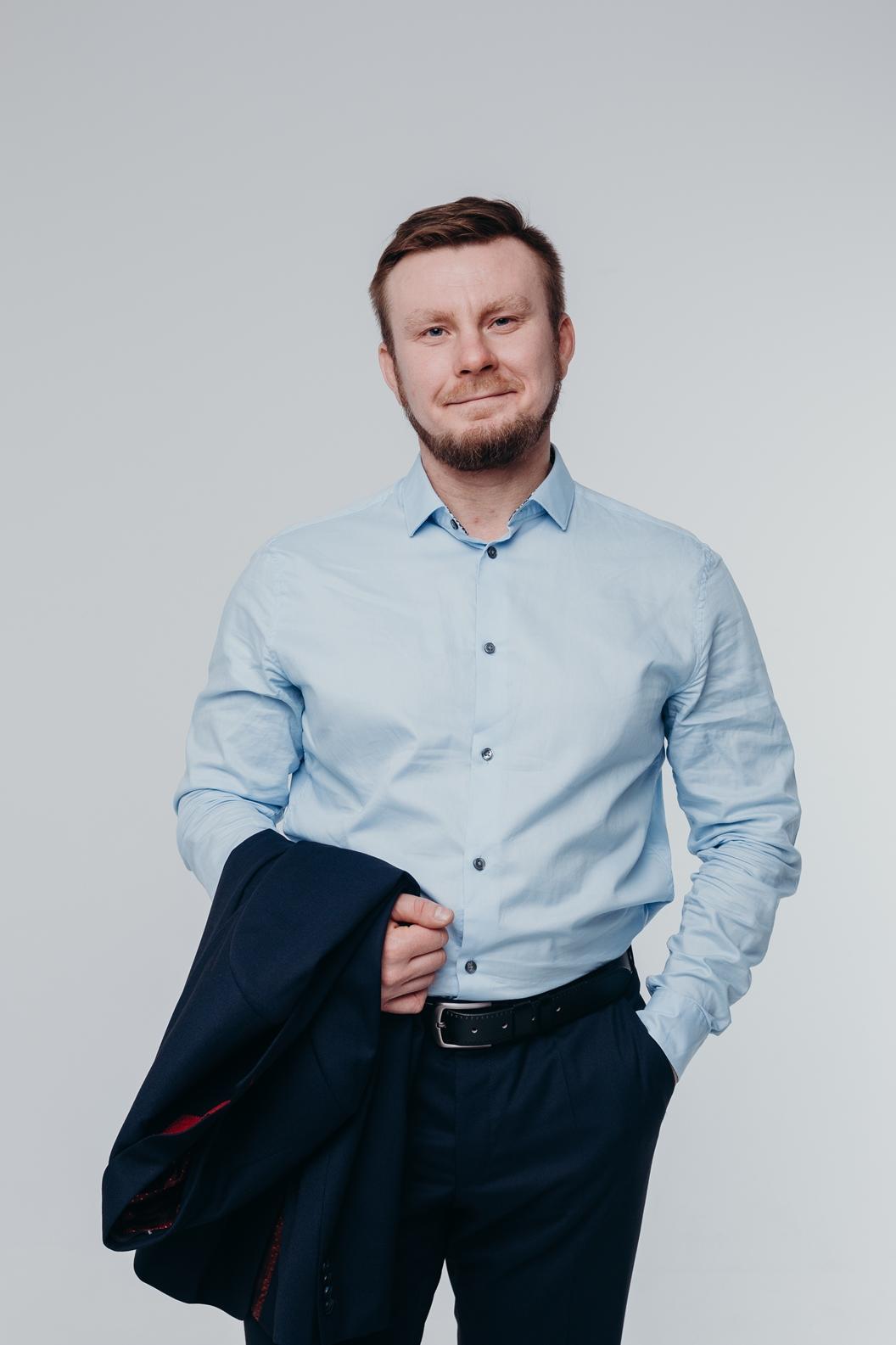 Адвокат Андрей Елистратов